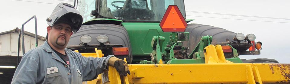 Tractor mechanic